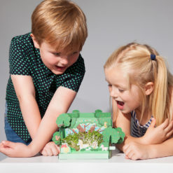 Puzzles, Toys & Crafts